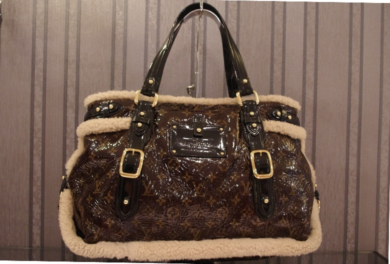 0e2ad1b9de1fb Limited Edition Louis Vuitton Shearling Thunder